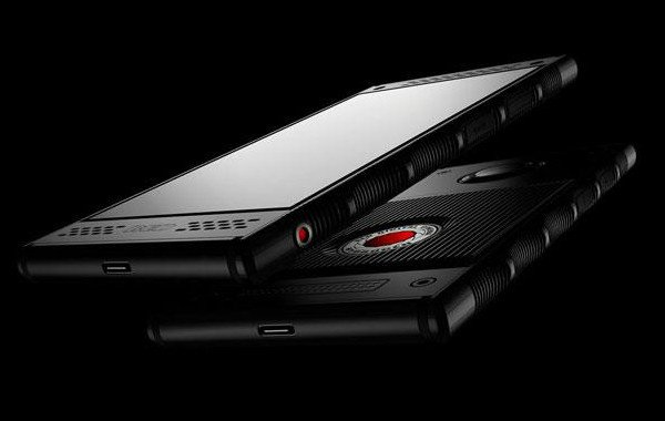 Red Hydrogen One: primo smartphone olografico con Android