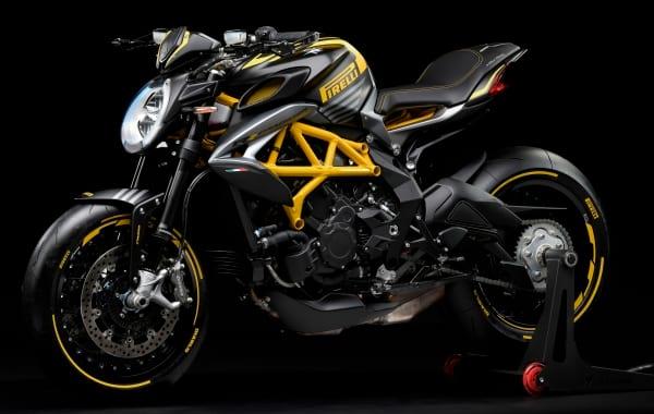 MV Agusta Dragster 800 RR Pirelli e non occorre dire altro