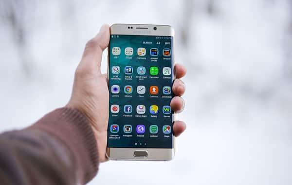 Perché non dovresti comprare smartphone Samsung